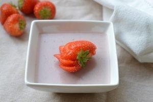 Romige Aardbei Pudding