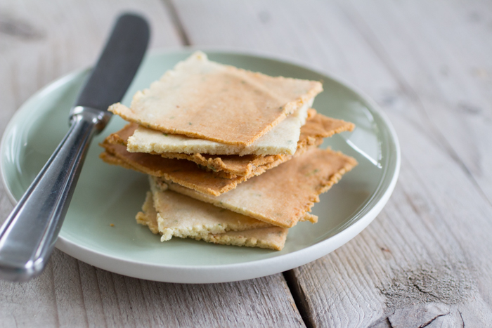 Paleo Amandelmeel Crackers