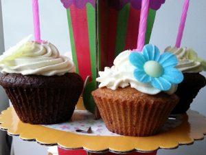 Paleo verjaardagscupcakes