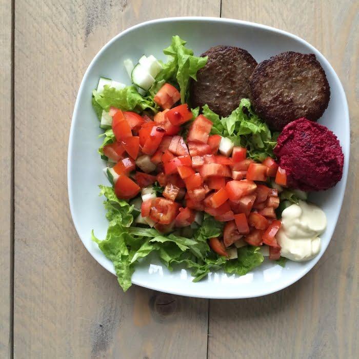 Paleo Leven - Hamburger salade