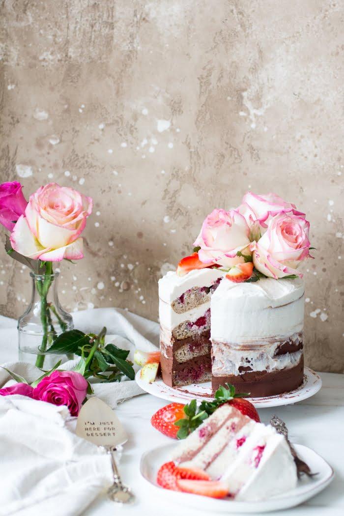 Ombre Cake met Chocolade, Vanille en Frambozen